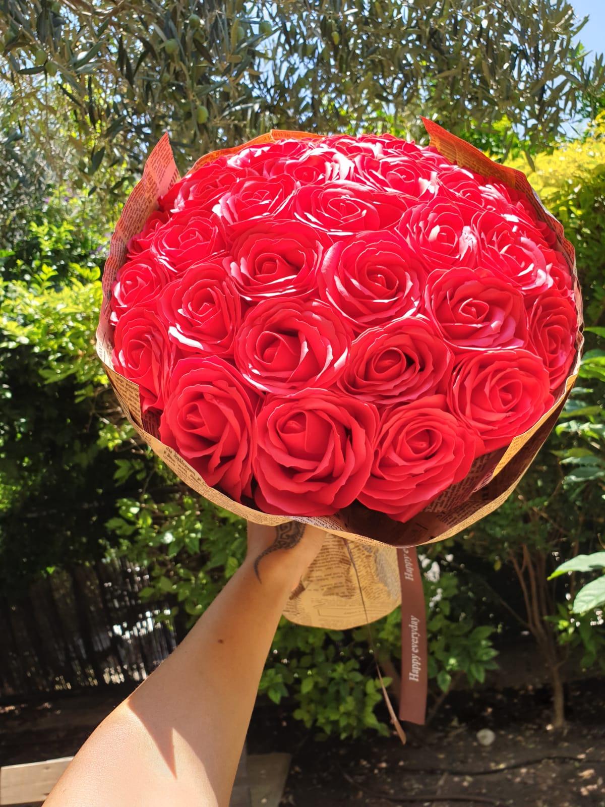 זר ורדים מפרחי סבון